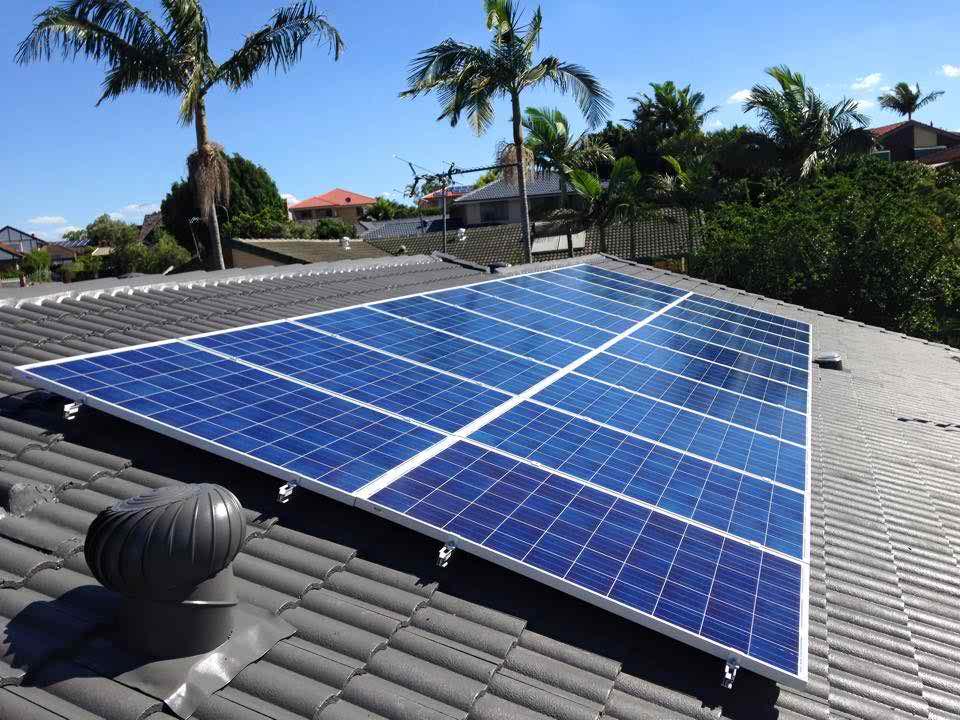 Phương pháp tính toán, công thức tính toán đơn giản, bảng điều khiển năng lượng mặt trời, pin, bộ sạc điều khiển và biến tần tính toán hệ thống pin mặt trời