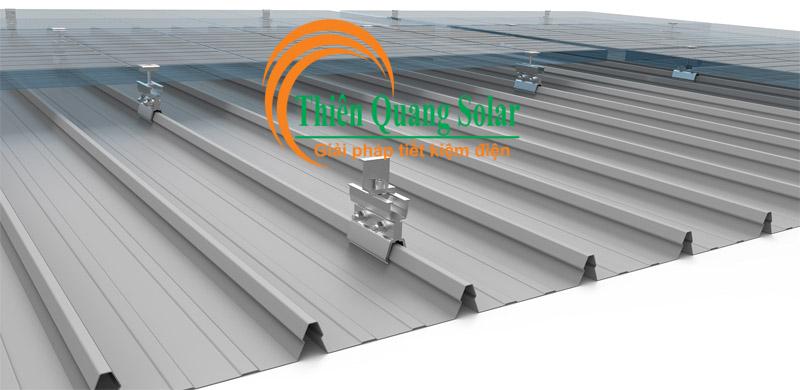 Cách lắp pin năng lượng mặt trời trên mái tôn cliplock