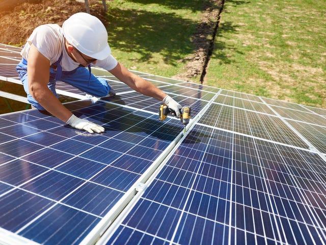 Lợi ích kép của Năng lượng mặt trời - động lực thúc đẩy điện mặt trời phát triển mạnh ở khu vực miềm Nam